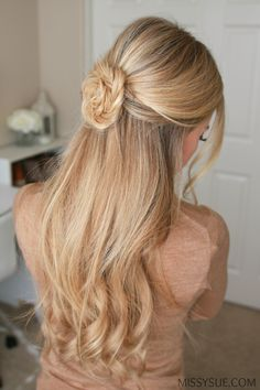 You guys! I've gotten so many requests for half up hairstyles lately that I thought this fishtail braid flower would be the perfect tutorial! Braids For Short Hair, Haircuts For Long Hair, Up Hairstyles, Pretty Hairstyles, Braided Hairstyles, Wedding Hairstyles, Quinceanera Hairstyles, Modern Haircuts, Wedding Updo