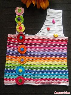 Crochet Girls, Crochet Woman, Crochet For Kids, Crochet Shirt, Knit Crochet, Knitting Patterns, Crochet Patterns, Baby Sweaters, Crochet Clothes
