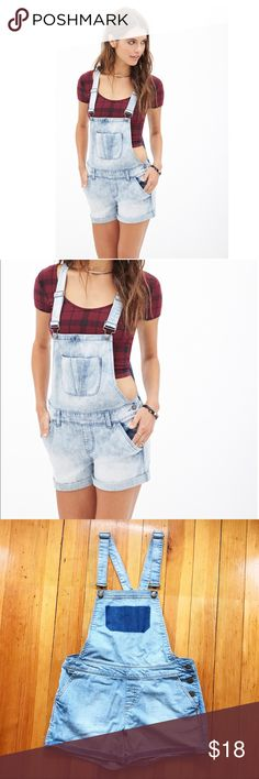 Two-Tone Denim Shortalls ✨SUMMER TREND ALERT✨ Forever 21 shortalls. Same style as model except two-tone denim with belt loops. Worn once, no signs of wear. Size S- would also fit medium. Bottom of the shortalls is a bit loose. Denim shade is more like stock photo. Looks great with a crop as shown or a bodysuit. Get ahead of the trend! Comment with questions 💕 Forever 21 Shorts