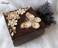 Quilled box by pinterzsu.deviantart.com on @DeviantArt
