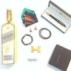 ...... ESSENTIALS that every man needs to make a lasting statement  . . . . .  #men #mensfashion #menwithclass #mensfashionpost #menwithstyle #mensbracelet #mensaccessories #menstyle #classy #gentleman #billionairesclub #delhi #mumbai #exclusive #mensworld #boss #style #fashion #india #luxury #luxurylife #premium #luxurylifestyle #dapper #goodlife #success #inspiration #wristgame #elite #rich