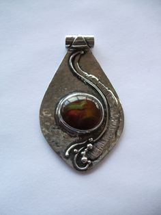 Sterling silver & fire agate pendant. For Sale.  www.facebook.com/lisaberrysilver