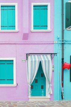 A Quick Guide to the Most Colorful Town in Europe: Burano, Italy — ckanani luxury travel & adventure Red Houses, Tiny Houses, Italy Travel, Travel Europe, Time Travel, Travel Destinations, Barbie Dream House, Travel Photos, Travel Articles