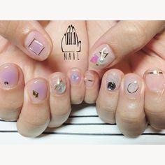 ◻️⚪️◽️▫️⚪️✨ #nail#art#nailart#ネイル#ネイルアート#クリアネイル#チークネイル#lavender#studs #cool#ショートネイル#ネイルサロン#nailsalon#表参道