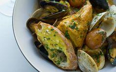 Chicken Bouillabaisse — Avec Eric Potato Recipes, Soup Recipes, Chicken Recipes, Cooking Recipes, Bouillabaisse Recipe, Good Food Image, French Appetizers, Homemade Aioli, Fish Stew