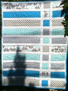 my lovely bicycles quilt, already finished and packed :)