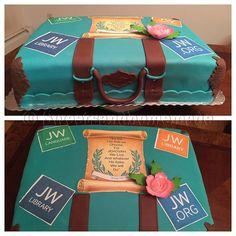 Photo from sweetsandhomemade Pioneer School Gifts, Pioneer Gifts, Caleb Et Sophia, Bible Cake, Jw Pioneer, Amazing Cakes, Beautiful Cakes, Cool Cake Designs, Jw Gifts