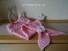 Snuggle Blanket, Dire, Crochet For Kids, Burlap Wreath, Christmas Ornaments, Holiday Decor, Blankets, Bb, Children
