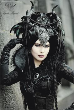gothic, headdress, and crown Bild