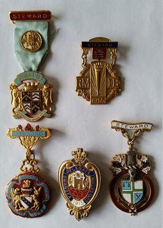 Cinq médailles maçonniques assorties Vintage par OnyxCollectables