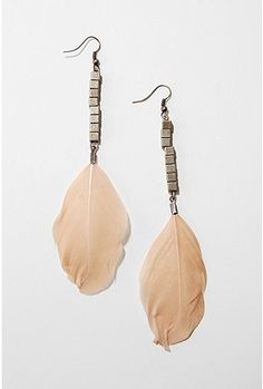 I've been looking for a doable, everyday pair of feather earrings. Between the simple style and colors, I think these could be the big winners!