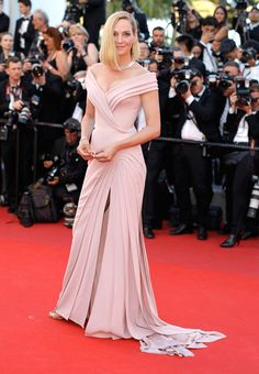 Uma Thurman in Atelier Versace at the 2017 Cannes Film Festival Opening Gala