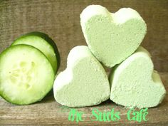 Cucumber Melon smoothie heart bath bombs party by TheSudsCafe, $3.99