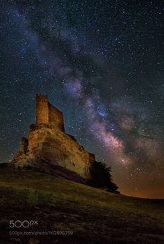 Fortress of Solitude  Camera: nikon D610 Focal Length: 15mm Shutter Speed: 30sec Aperture: f/2.8 ISO/Film: 6400  Image credit: http://ift.tt/29Lsppj Visit http://ift.tt/1qPHad3 and read how to see the #MilkyWay  #Galaxy #Stars #Nightscape #Astrophotography
