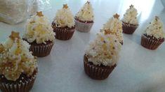 Christmas tree cupcakes Christmas Tree Cupcakes, Mini Cupcakes, Desserts, Food, Meal, Deserts, Essen, Hoods, Dessert