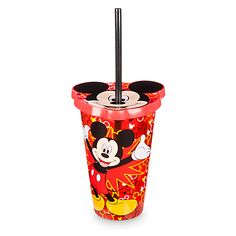 [Sip sip hooray!]Mickey's smiling face caps off this fun tumbler that comes in a refreshing shade of translucent red with Mickey icons. The Mickey-shaped lid holds the resusable straw, making Mickey the perfect traveling companion.