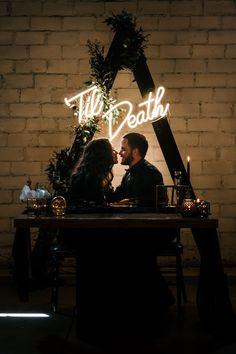 halloween wedding This Dark and Moody quot;Til Death Do Us Partquot; Wedding Is Chillingly Beautiful Marie's Wedding, Wedding Goals, Wedding Shoot, Perfect Wedding, Wedding Planning, Dream Wedding, Grunge Wedding, Edgy Wedding, Harry Wedding