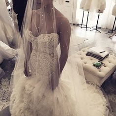 I want crystals embellished distributed evenly on the veil.