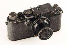 leicanews:  Leica IIIf black 'Swedish Army' Only 100 cameras...