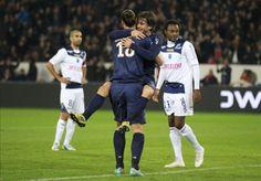 #Maxwell a rejoint les rangs du #PSG. Il est actuellement l'un des meilleurs latérals de #Ligue1