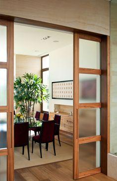 Puertas de interior consejos a tener en cuenta puertas for Puertas correderas comedor