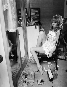 Pattie Boyd - Vogue 1967