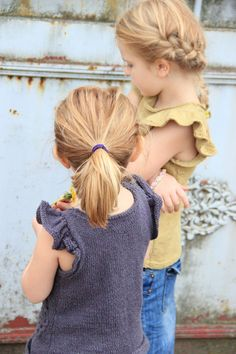 tricot modèle Karys de Katya Frankel Ravelry http://www.pinterest.com/passionnement/crochet-tricot-vetements/
