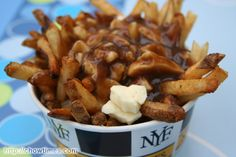 FOOD/DRINK - Canada Invents Poutine - 1957