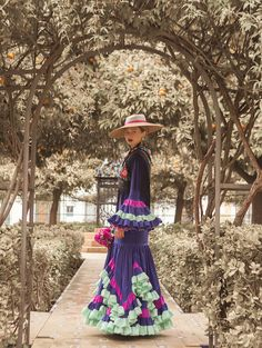 Victorian, Dresses, Fashion, Vestidos, Flamingo, Pictures, Atelier, Moda, Fashion Styles