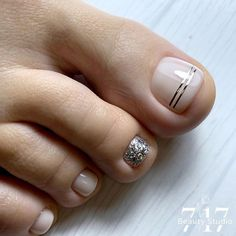 Luv Nails, Pretty Toe Nails, Cute Toe Nails, Gorgeous Nails, Toe Nail Designs, Nail Polish Designs, Hair And Nail Salon, Hair And Nails, Pedicure Nail Art