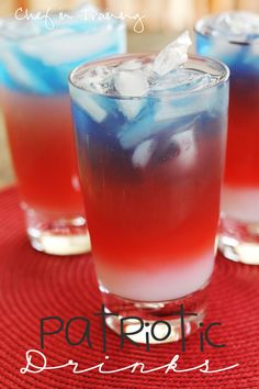 Non-alcoholic Layered Patriotic Drinks! Beautiful and delicious! Perfect for of July! Holiday Treats, Holiday Fun, Holiday Recipes, Summer Drinks, Fun Drinks, Beverages, Non Alcoholic Drinks, Cocktails, Frozen
