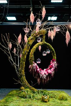 Droopy tree and hanging ghosts. Designer: Vanessa Corbell Glenelg Florist, South Australia