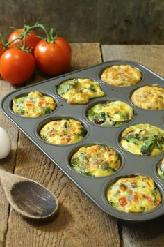 A fast and healthy breakfast option, these breakfast egg muffins offer variety, easy, and nutrition to your morning routine. Perfect for meal prep! breakfast healthy glutenfree eggs eggmuffins mealprep via 263671753170773253 Healthy Breakfast Muffins, Healthy Breakfast Options, Breakfast Egg Muffins, Omelette Muffins, Healthy Egg Muffins, Healthy Morning Breakfast, Quick Breakfast Ideas, Make Ahead Breakfast, Low Carb Egg Muffins