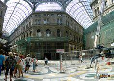 Galleria Umberto-Napoli, Nikon Coolpix L310, 4.5mm,1.250s,ISO80,f/3.1,panorama mode: segment 4, 201507131546