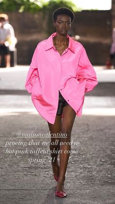 Sarah Harris, Hot Pink, Rain Jacket, Windbreaker, Jackets, Shirts, Fashion, Down Jackets, Moda