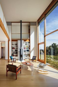 AIA Names the Best Housing Projects of 2017,Pennsylvania Farmhouse; Lakewood, Pennsylvania / Cutler Anderson Architects. Image © David Sundberg
