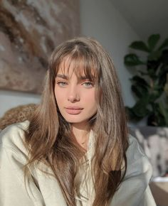 Pelo Bronde, Hairstyles With Bangs, Pretty Hairstyles, Hair Inspo, Hair Inspiration, Cabelo 3c 4a, Taylor Hill Hair, Taylor Marie Hill, Long Hair With Bangs