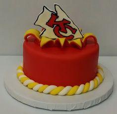 Kansas City Chiefs Cake www.3womendesserts.com