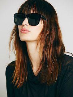 Le Fashion Blog French Girl Chic Bangs Hair Inspiration Free People Black Oversized Wayfarer Kensington Sunglasses photo Le-Fashion-Blog-French-Girl-Chic-Bangs-Hair-Inspiration-Free-People-Black-Oversized-Wayfarer-Kensington-Sunglasses.jpg