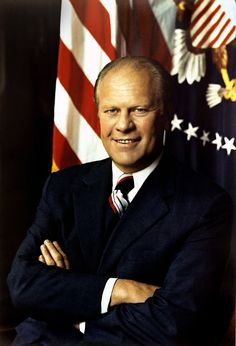 President Gerald Ford, arms folded, in front of a United States Flag and the Presidential seal. Gerald Ford was the President. He was in offide August 1977 List Of Presidents, Presidents Wives, American Presidents, American History, Nelson Rockefeller, Famous Freemasons, Donald Trump, Nebraska, First Ladies