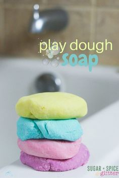 Bath Time Play Dough (with Video) ⋆ Sugar, Spice and Glitter How to make homemade play dough soap - a fun idea for bath time sensory play, this play dough soap actually suds up and cleans and doesn't leave any residue on your bath Homemade Playdough, Homemade Soap Recipes, Homemade Gifts, Bath Recipes, Como Hacer Play Doh, Bath Bombs, Shower Bombs, Diy Lush, Wie Macht Man