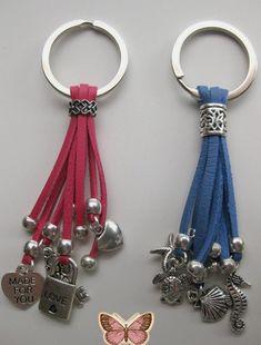 018aeb2de4cc Idea for geocaching keychain swag. Vanessa Díaz Castillo · LLAVEROS  BISUTERIA