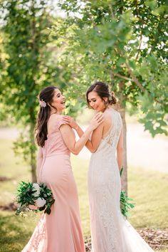 Bridal Inspiration Shoot featuring Bloom Screens - Decor & Rentals // Bridal Style // Wedding Rentals // Backdrops // Silk Florals // Bridal Gown // Outdoor Weddings // Blush Wedding // #albertaweddingsocial #weddinginspiration #styledshoot #weddingstyle #silkflorals #pinkwedding #blushwedding #bridesmaid #bridal Wedding Trends, Wedding Styles, Wedding Photos, Bridal Gowns, Wedding Dresses, Wedding Rentals, Friend Wedding, Beautiful Gowns, Bridal Style