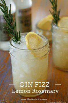 Rosemary Gin Fizz Lemon Rosemary Gin Fizz - a recipe inspired by Italy.Lemon Rosemary Gin Fizz - a recipe inspired by Italy. Fancy Drinks, Yummy Drinks, Yummy Food, Gin Drink Recipes, Gin Cocktail Recipes, Gin Fizz Cocktail, Gin Mojito Recipe, Ginger Ale Cocktail, Grapefruit Cocktail