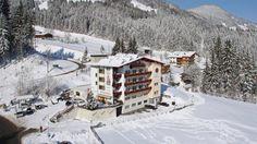 #Skiurlaub #Silvester #Hotel Hubertus in Fügen (Zillertal) - günstige Angebote Das familiengeführte 3-Sterne-Hotel Hubertus liegt oberhalb von Fügen in Richtung Hochfügen und bietet Ihnen einen tollen Ausblick ins Tal.