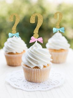 34 Baby Reveal Cupcakes Ideas In 2021 Baby Reveal Cupcakes Baby Reveal Gender Reveal Cupcakes