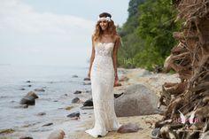 Wedding Dresses, Campaign, Angel, Fashion, Bride Dresses, Moda, Bridal Gowns, Fashion Styles, Weeding Dresses