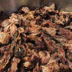Beginner's Guide To Mexican Food, Part VIII: Authentic Carnitas Recipe - The Best Authentic Mexican Recipes Mexican Side Dishes, Main Dishes, Mexican Food Recipes, Dinner Recipes, Authentic Mexican Recipes, Slow Cooker Recipes, Cooking Recipes, Pulled Pork Recipes, Gastronomia