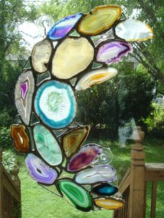 Amazing idea. Agate stained glass. I want to make an entire skylight of this.
