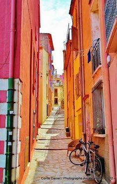 Registration Beautiful Perpignan , France